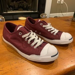Converse Jack Purcell size 8.5 maroon